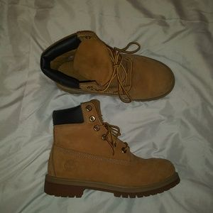 Timberland | Nubuck Boots Wheat size 5.5 Y